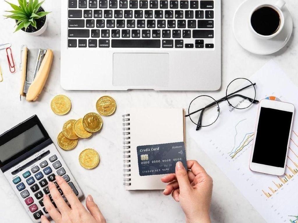 Mudah Banget! Kini Top Up e-Wallet Gratis Pakai Kartu Debit