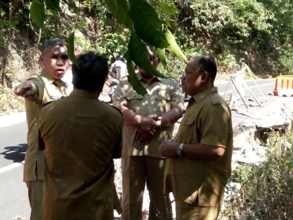 Jalan Rusak di Jalur Wisata Lombok Utara Segera Diperbaiki