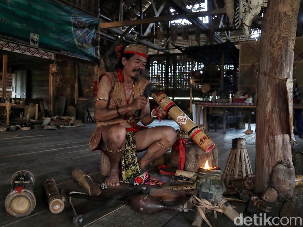 Sepak Terjang Budayawan Krayan untuk Budaya Dayak
