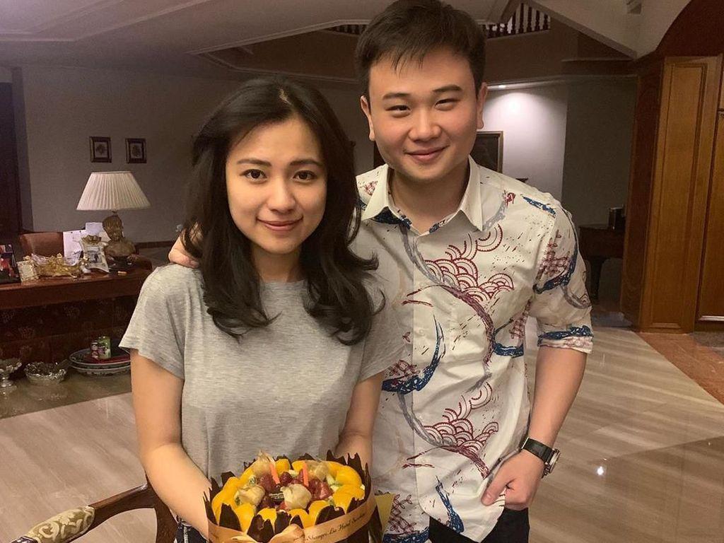Pesona Risa Santoso, Rektor Termuda di Indonesia Saat Kulineran
