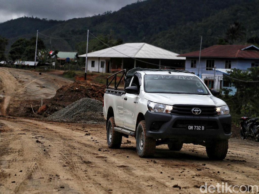 Banyak Mobil Berpelat Malaysia di Perbatasan, Ini Pandangan Toyota