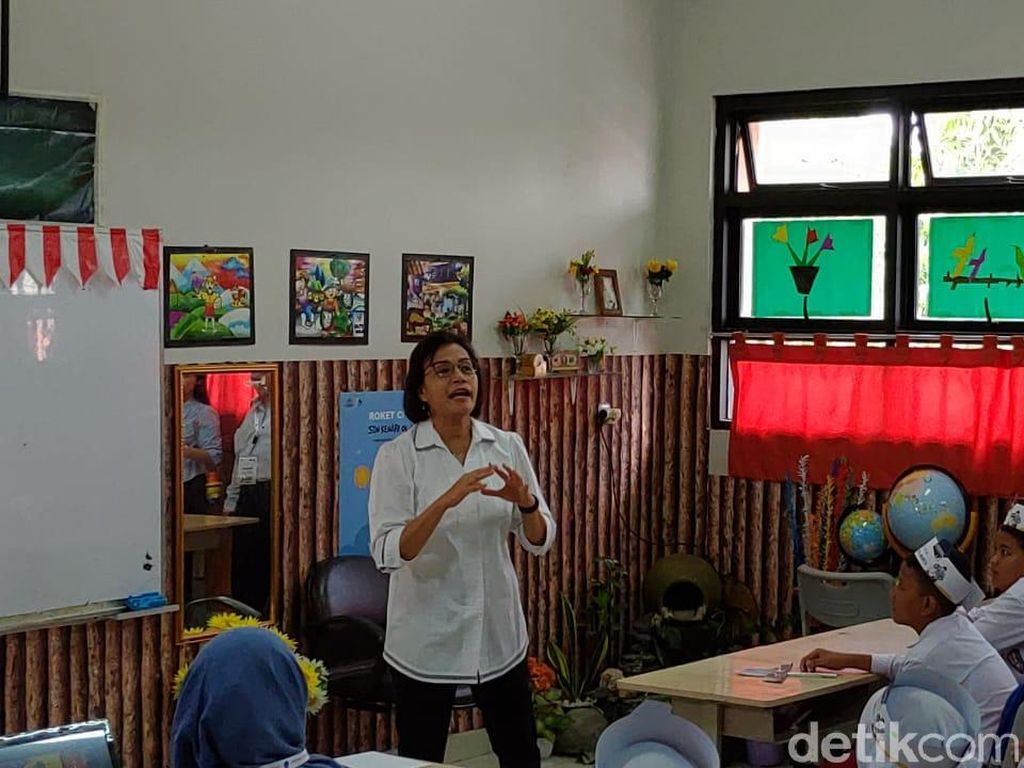 Tanya Cita-cita Anak SD, Sri Mulyani: Mereka Ingin Jadi YouTuber