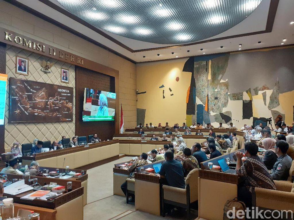 KPU Ajukan Draf PKPU Koruptor Dilarang Maju Pilkada ke DPR