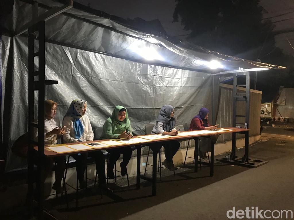 Meja Absen Pleno di Gerbang, Bendum Golkar: Keterlaluan, Seperti Buruh Pabrik