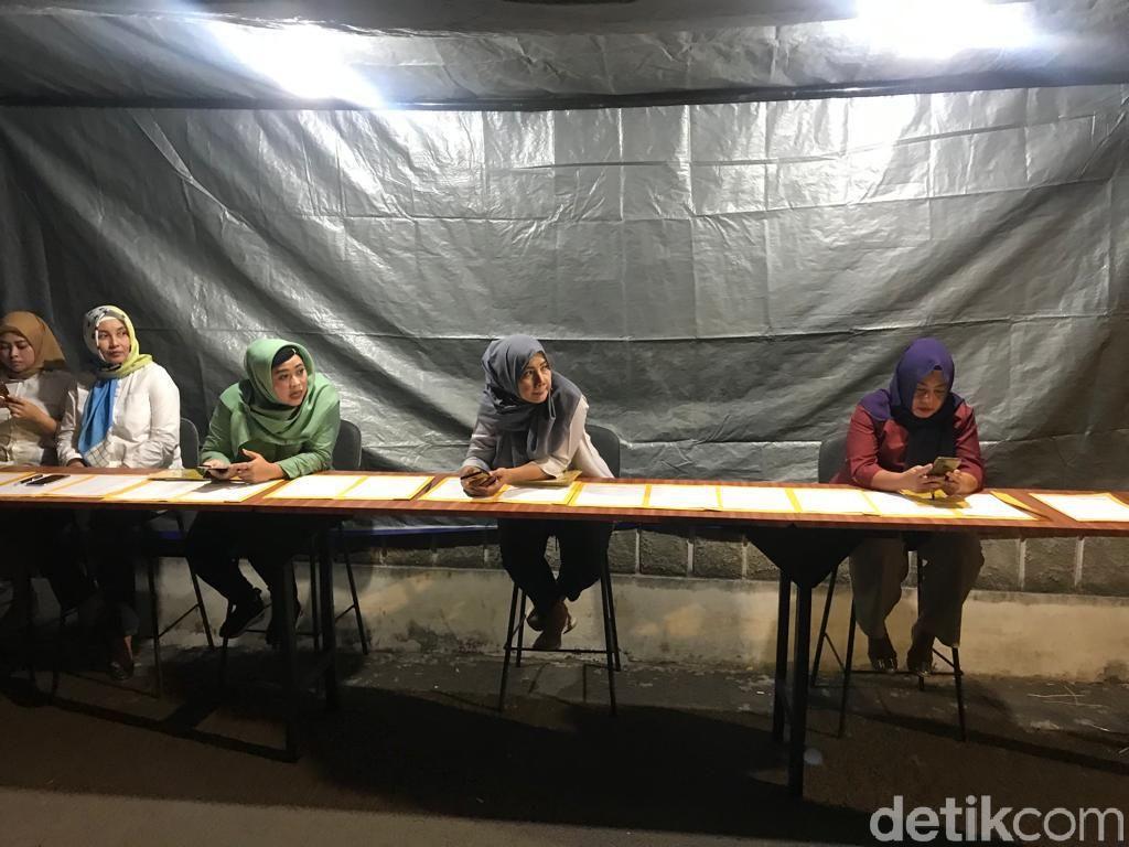 Pleno Golkar, Meja Absen Dijejer di Gerbang Kantor DPP