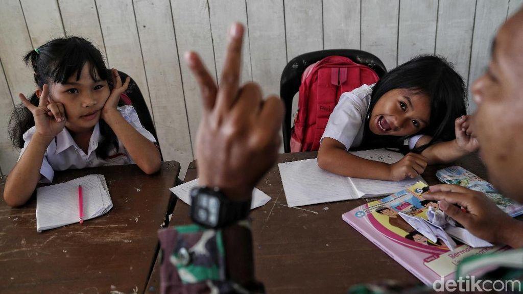 Semangat Anak-anak di Perbatasan Indonesia Dalam Meraih Cita-cita