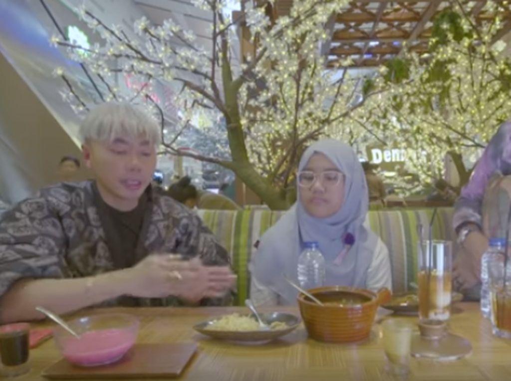 Hiii! Roy Kiyoshi Beberkan 5 Ciri-ciri Warung Makan yang Pakai Penglaris