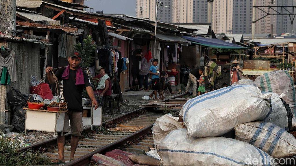 Perjuangan Menekan Angka Kemiskinan di Ibu Kota