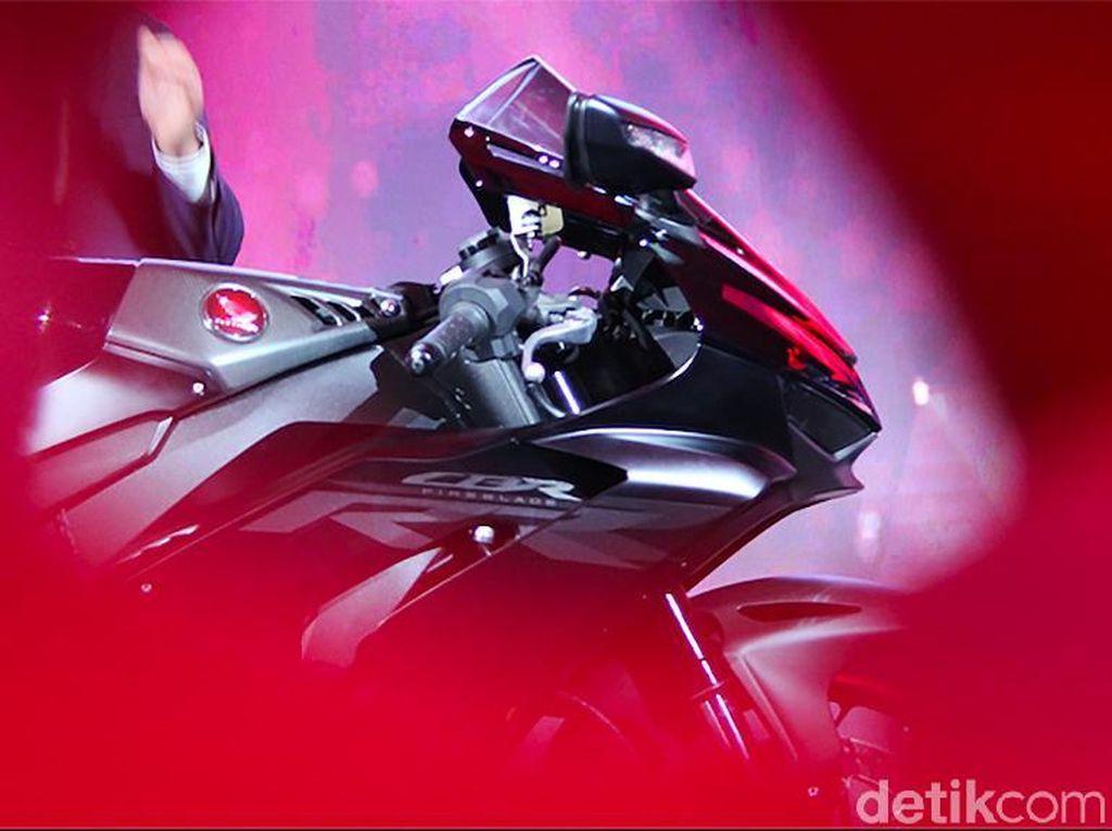 Honda CBR1000RR-R SP Siap Digeber di Balapan Superbike