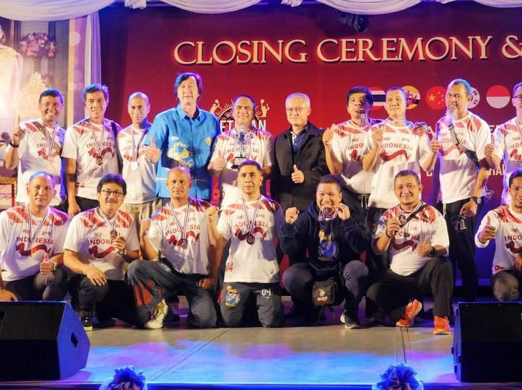 Buls ASABA Peringkat Tiga Turnamen Basket Veteran ASEAN