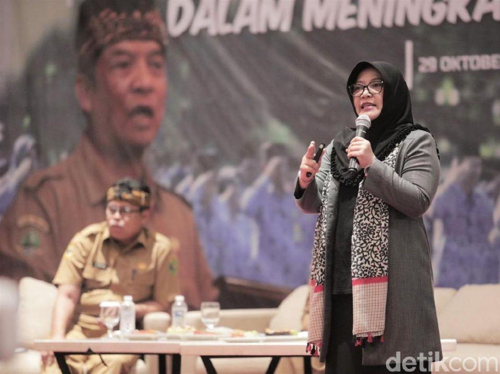 Cegah Perceraian, Istri Bupati Bandung Minta PNS Pajang Foto Keluarga