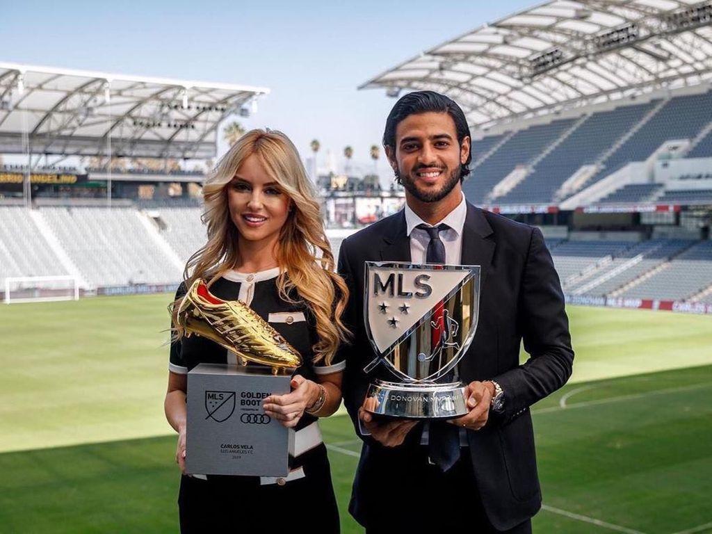 Kalahkan Ibrahimovic, Carlos Vela Pemain Terbaik MLS