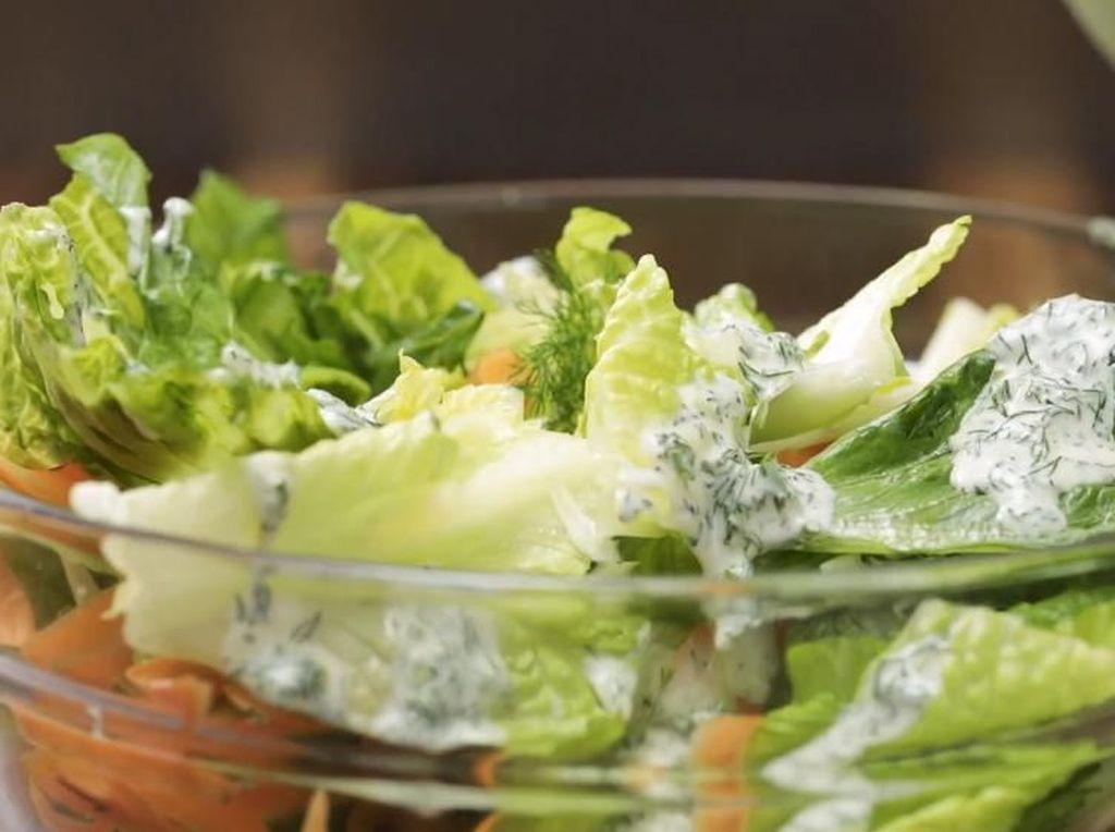 5 Resep Salad Sayur untuk Diet yang Enak dan Menyehatkan