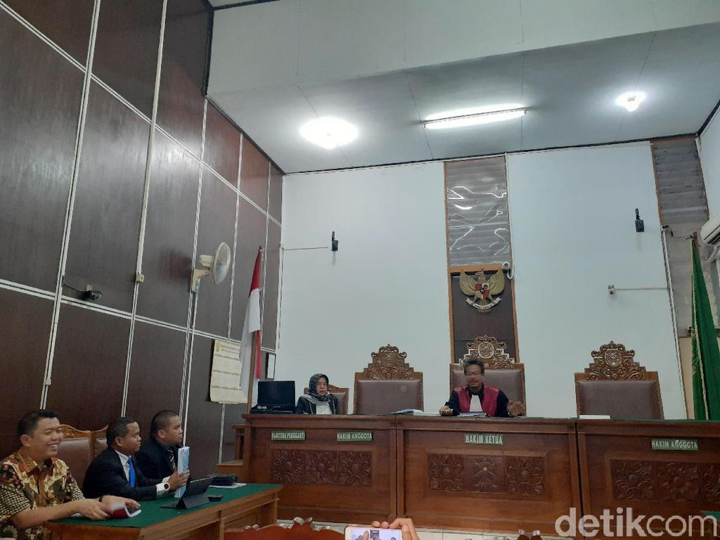 Sidang Praperadilan Imam Nahrawi Singgung UU KPK Baru