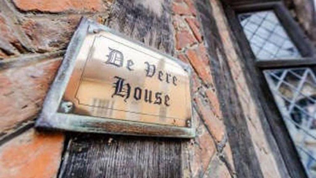 Foto: Yuk Intip Rumah Masa Kecil Harry Potter