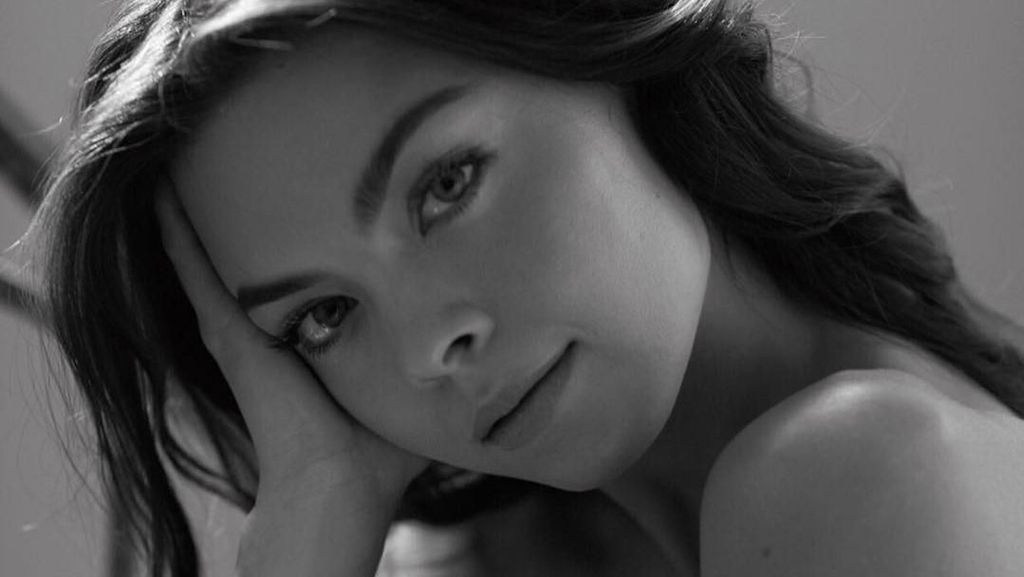 Pesona Aktris Harry Potter yang Dinikahi Pewaris Playboy