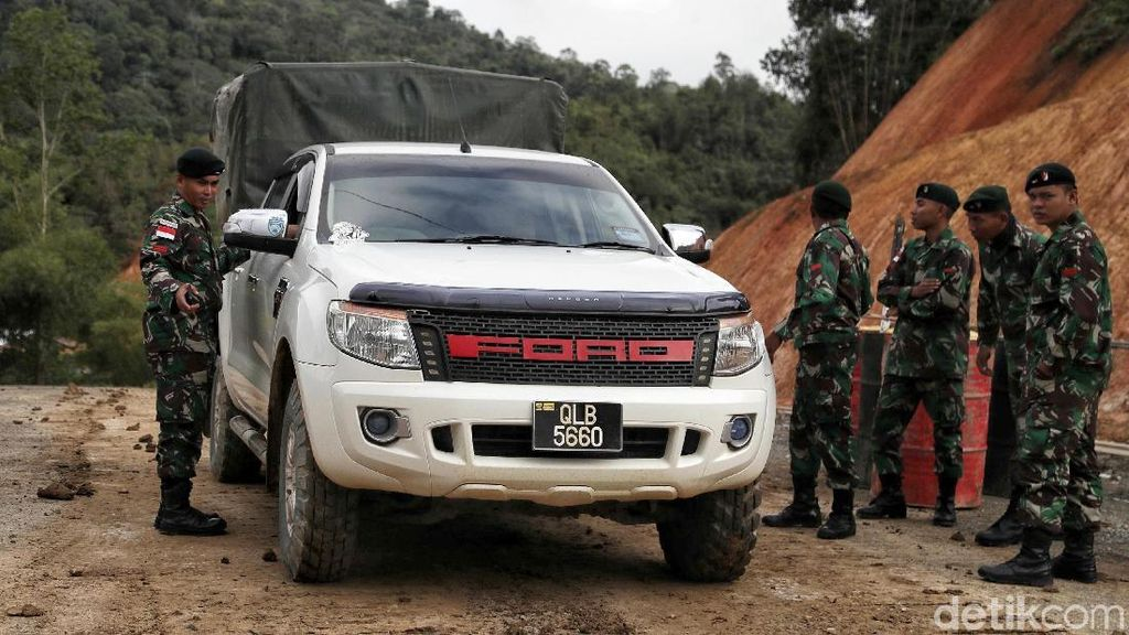 Potret Operasi Gabungan Prajurit di Tapal Batas