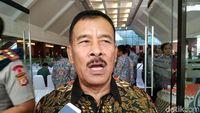 Iwan Bule Ketua PSSI, Umuh Muchtar: Sikat Exco yang Mabuk!