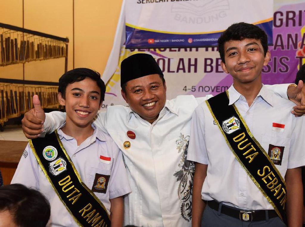 Wagub Uu Deklarasikan SMAN 1 Bandung Jadi Sekolah Ramah Anak