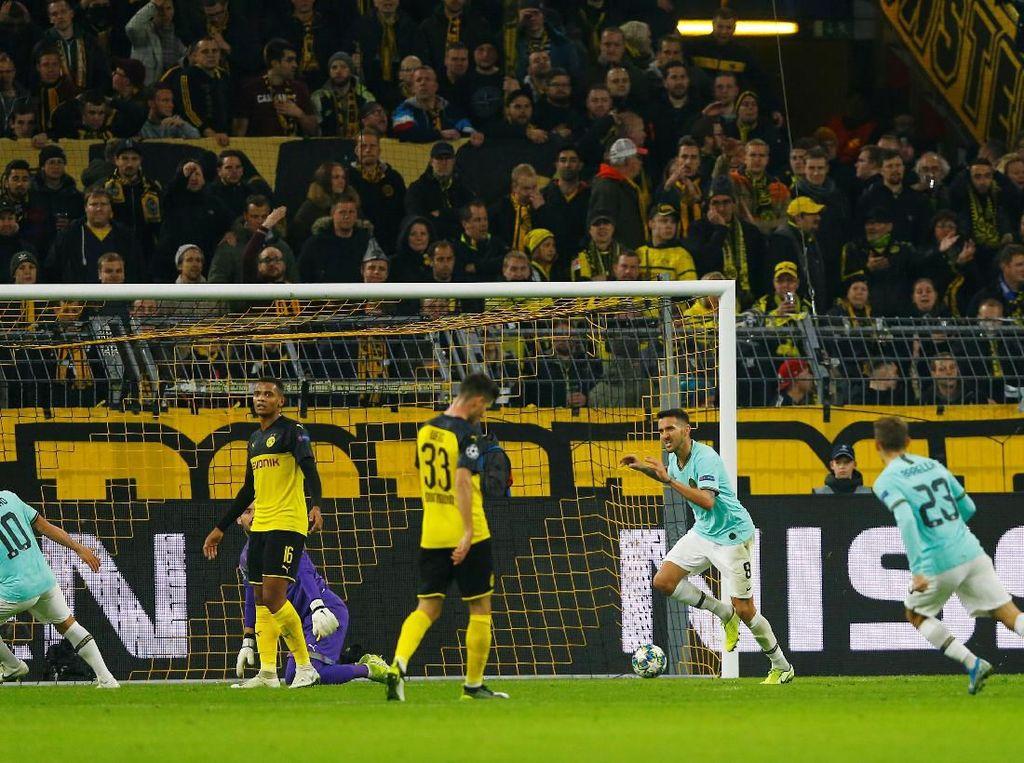 Turun Minum, Inter Ungguli Dortmund 2-0