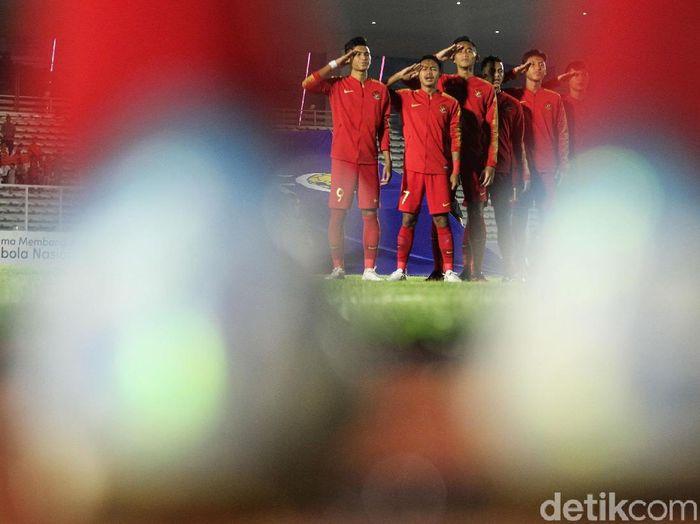 Timnas IndonesiaU-19 menghadapi Hong Kong di lanjutan laga Grup K Kualifikasi Piala Asia U-19 2020. (Foto: Rifkianto Nugroho)