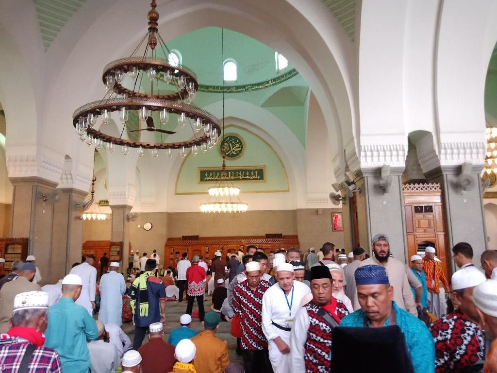 Hari Kedua di Madinah, Marbut dan Majelis Taklim DKI Datangi Masjid Quba