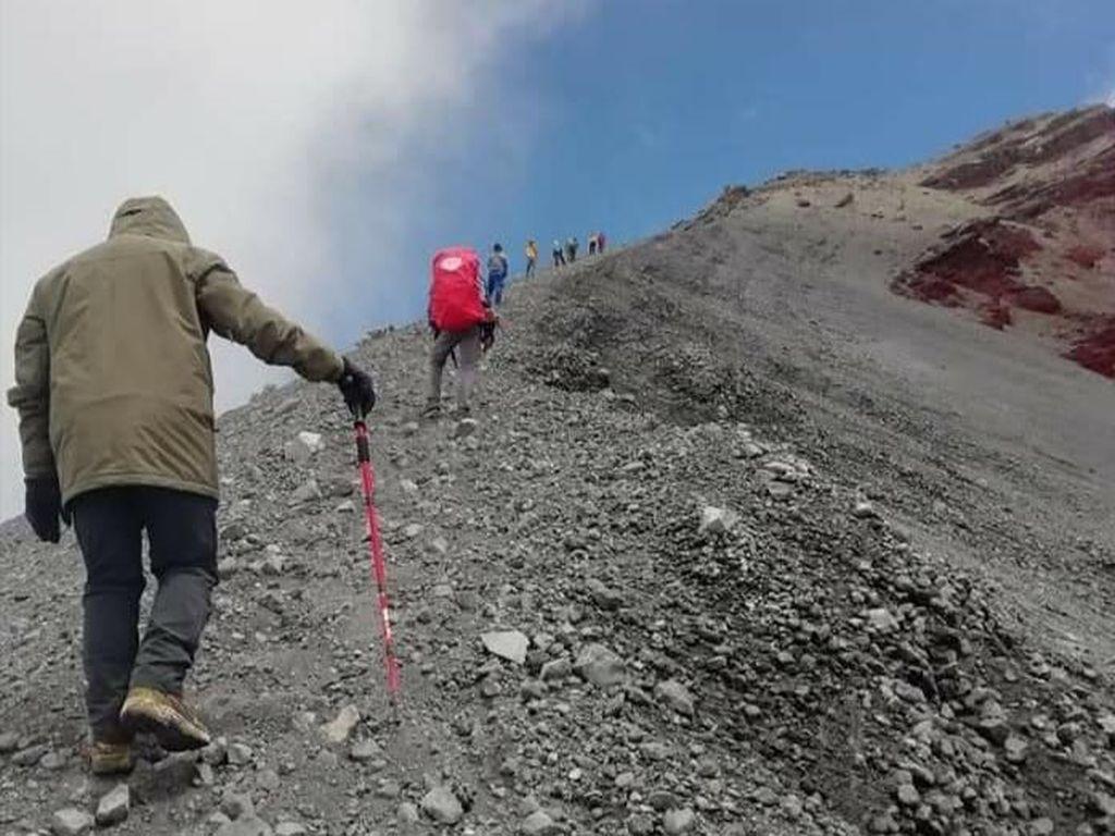 Jalur Pendakian Gunung Rinjani Segera Dibuka