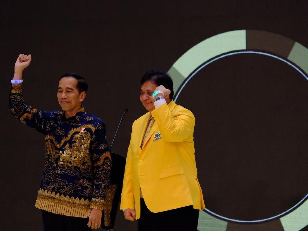 Jokowi: Airlangga Ketum Golkar, Boleh Kan Saya Sebut Top