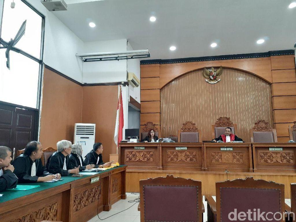 Sidang Praperadilan Nyoman Dhamantra, KPK Bawa Bukti 1 Koper