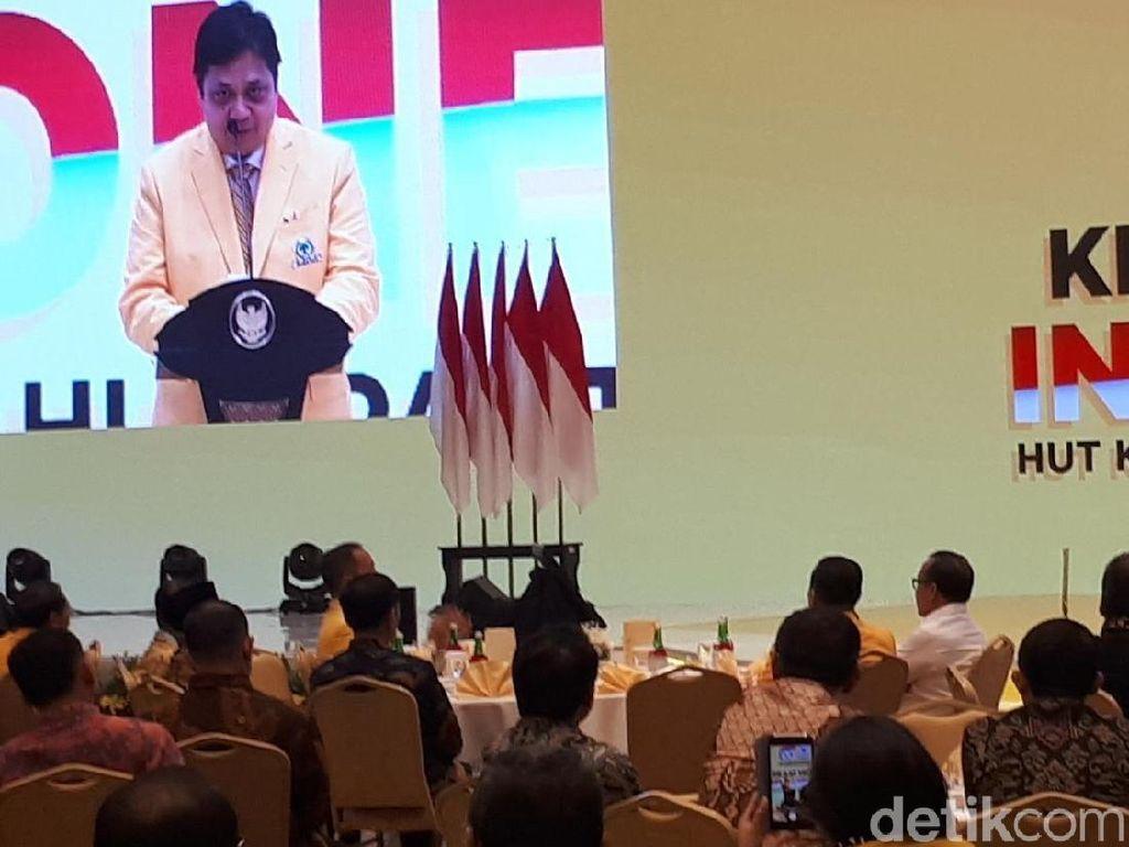 Airlangga dan Bamsoet Semeja dengan Jokowi di HUT Ke-55 Golkar