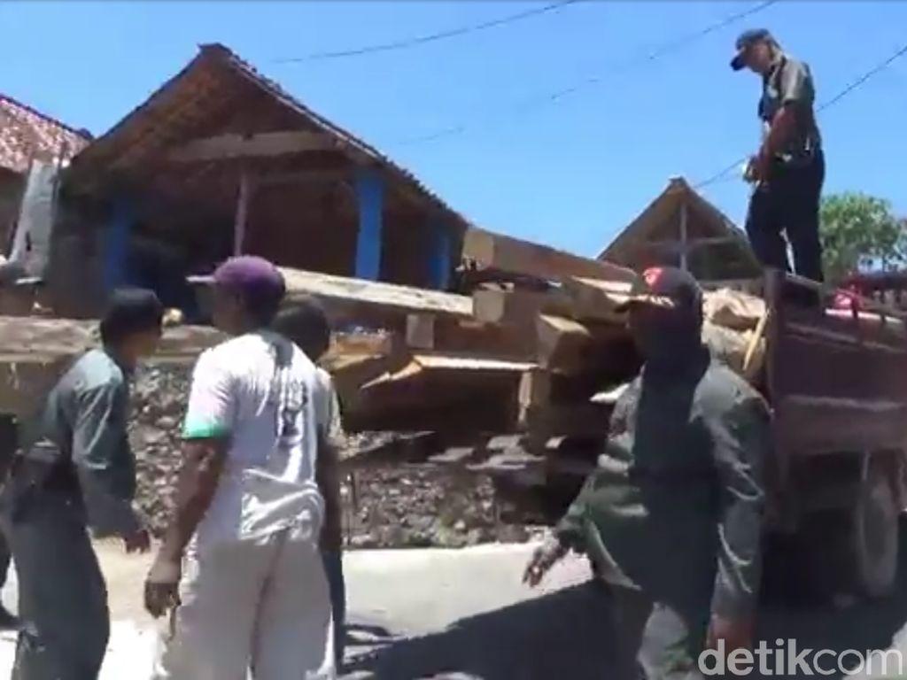 Razia Illegal Logging di Blora, Ratusan Batang Kayu Jati Disita
