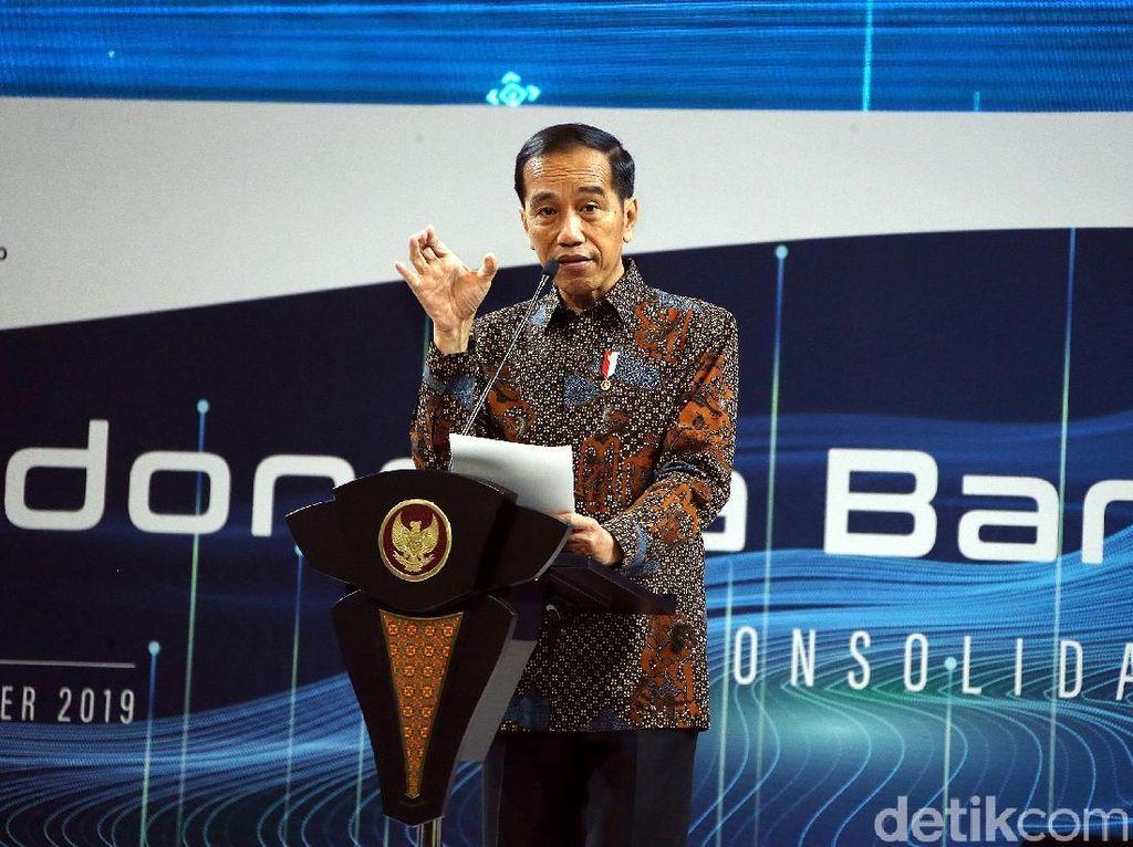 Di Depan Bankir, Jokowi Minta Bunga Kredit Turun!