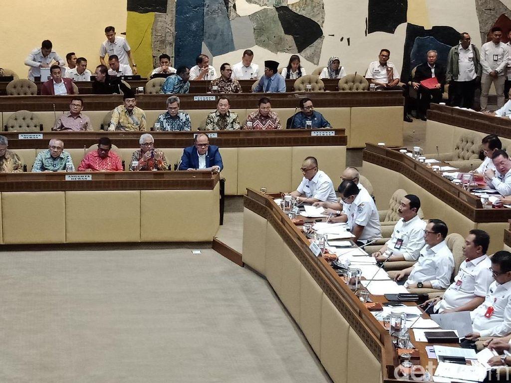 Komisi II DPR-Mendagri Tito Raker Bahas Rencana Strategis Kemendagri