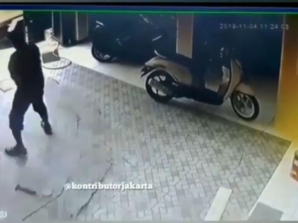 Septic Tank Sampai Meledak di Cakung, Bagaimana Sih Teknis Sedot WC?
