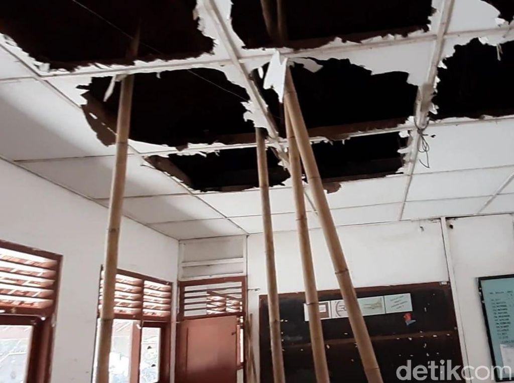 Atap SD di Gunungkidul Ini Nyaris Roboh, Kelas Pindah ke Bekas Gudang