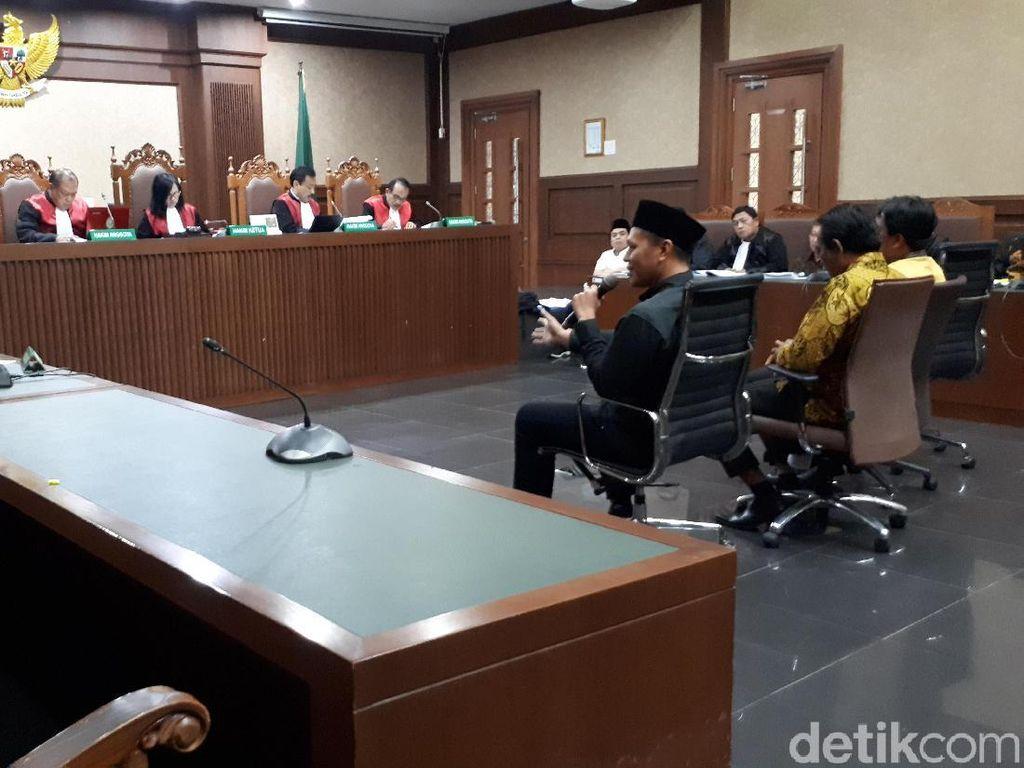 Eks Bupati Lampung Tengah Mustafa Ngaku Dimintai Uang untuk Bayar Utang