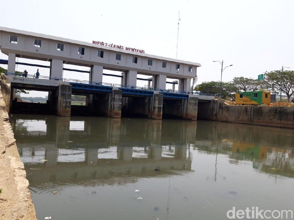 Lautan Busa di Aliran Air BKT Cakung Kini Sudah Hilang