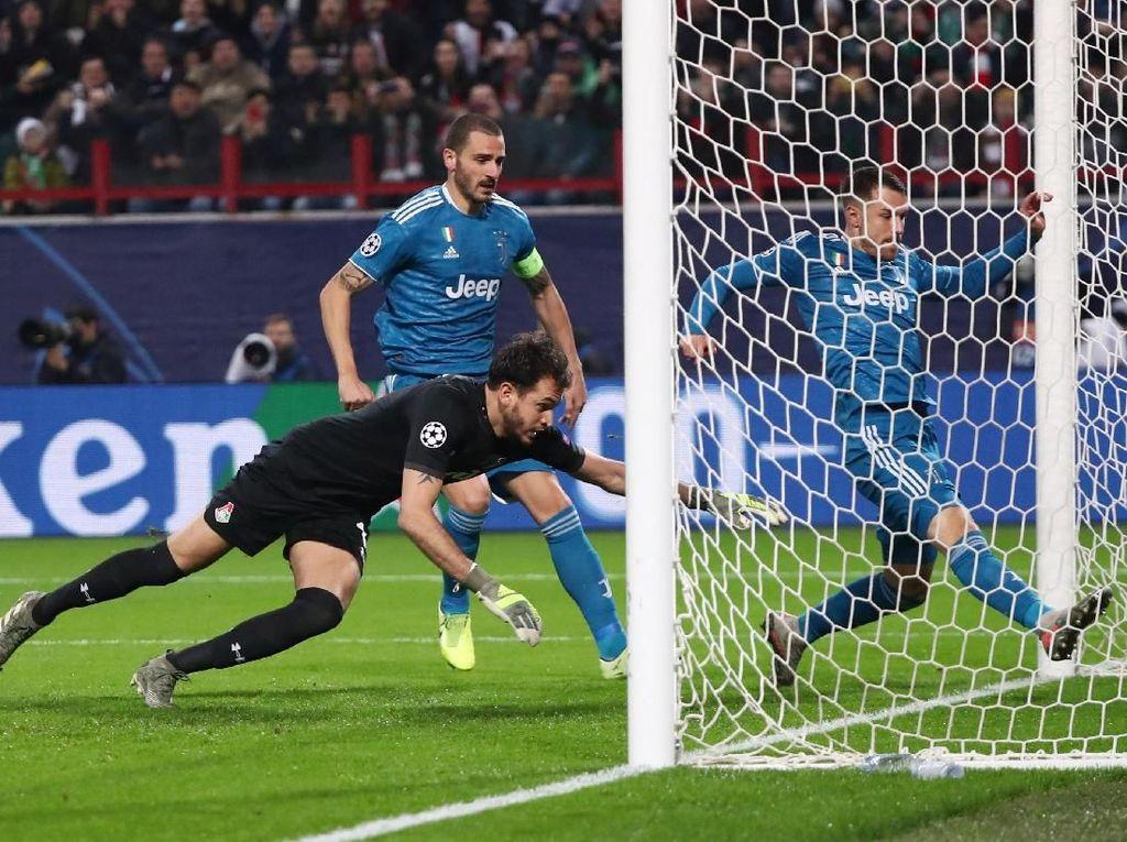 Ramsey Mencuri Gol Ronaldo?