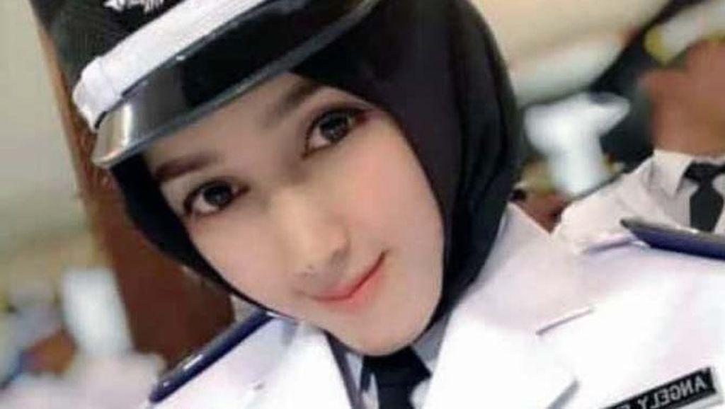 Gaya Hijab Kepala Desa Cantik dari Lamongan yang Viral