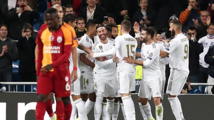 Real Madrid menggasak Galatasaray 6-0 di matchday IV Liga Champions. (Foto: Sergio Perez / Reuters)