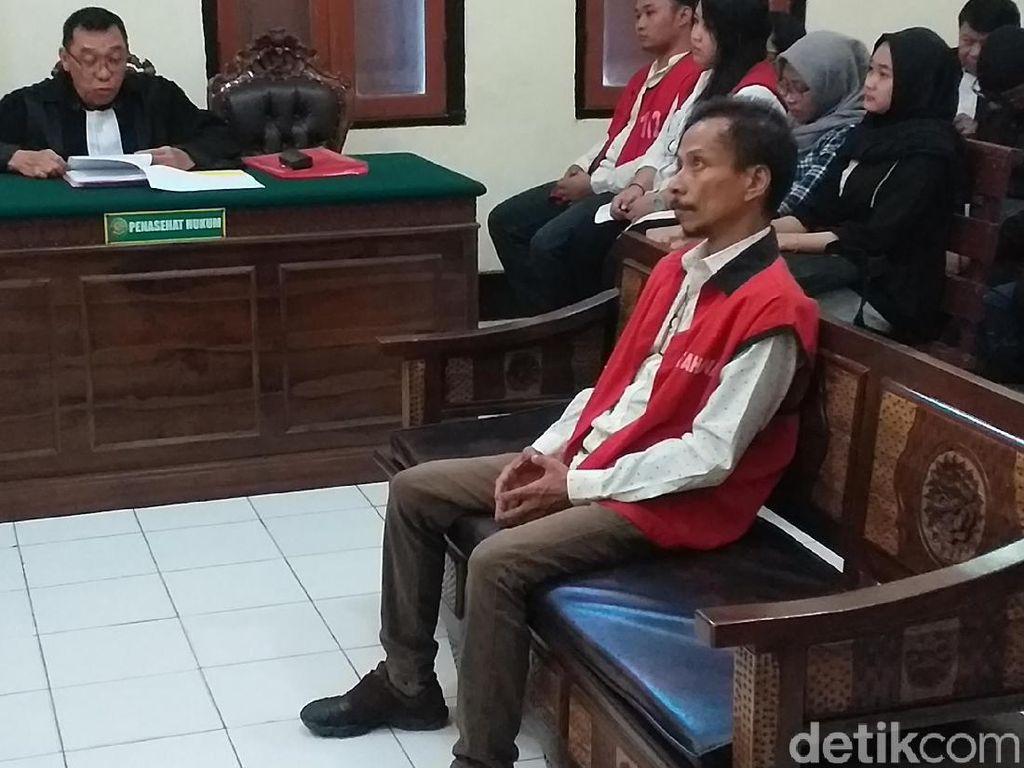Dituntut 2 Tahun Penjara Kasus Ganja, Hubert Henry Ajukan Rehabilitasi