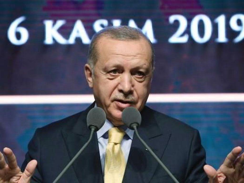 Turki Mungkin Tangguhkan Hubungan dengan UEA, Pentagon Bentuk Satgas UFO