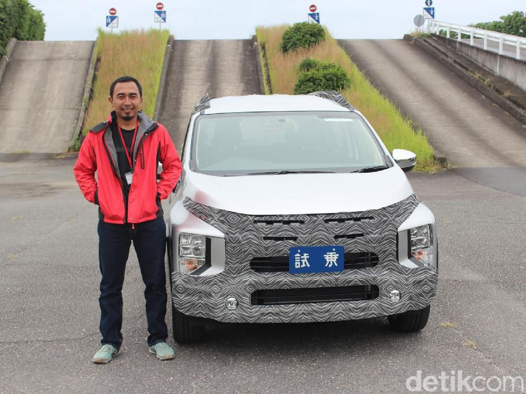 Intip Bodi Xpander Versi SUV yang Masih Dikamuflase
