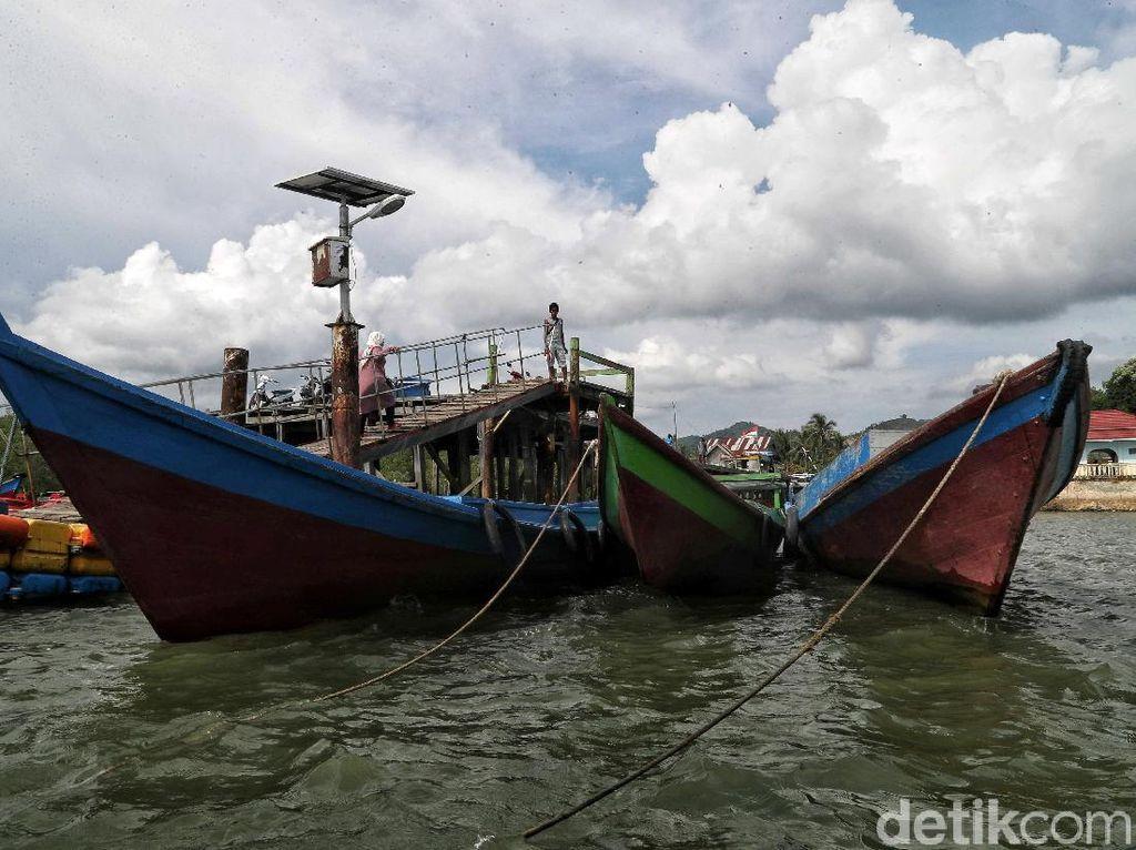 Menjelajah Pulau Terdepan Indonesia di Utara Kalimantan