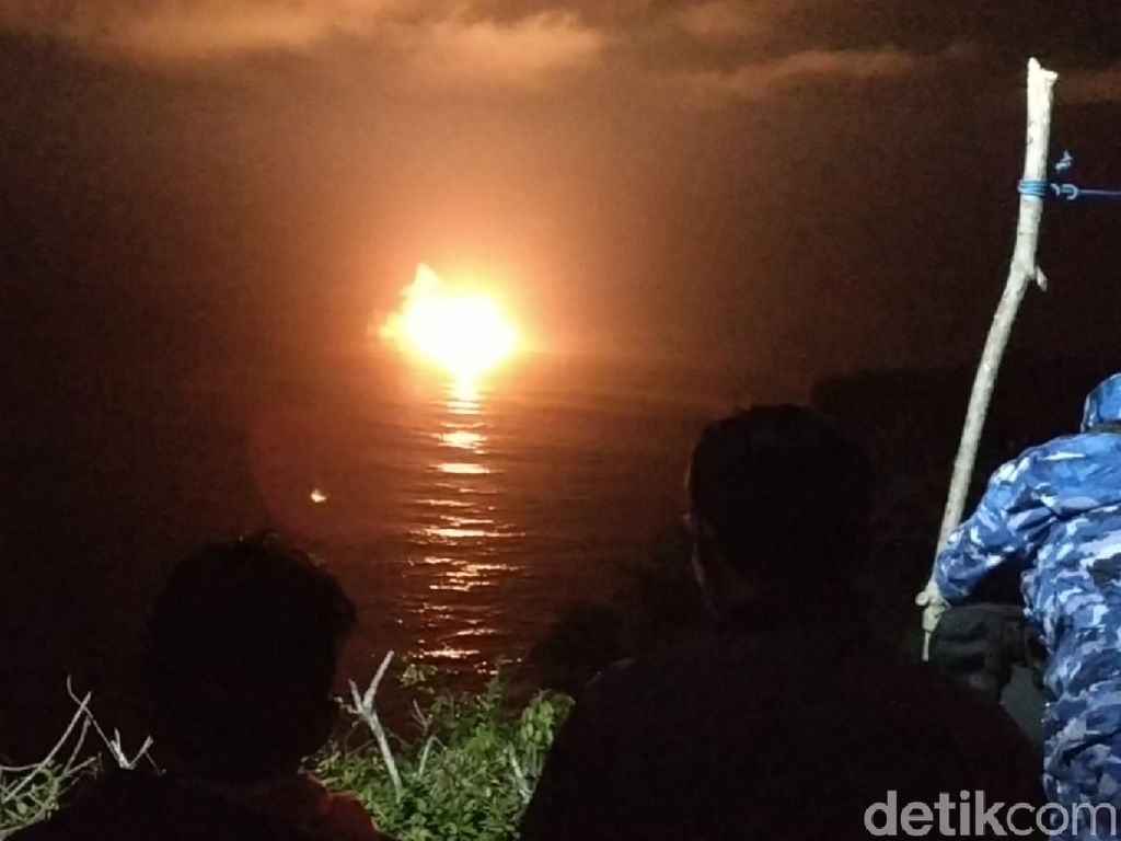 Saat Pesawat Tempur TNI Bombardir Perairan Pacitan