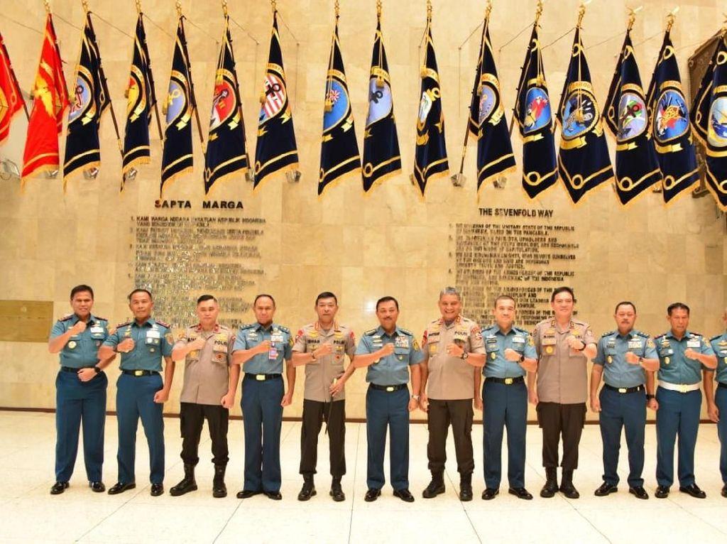 Kunjungan Perdana, Kapolri Idham Aziz Sambangi Markas TNI AL