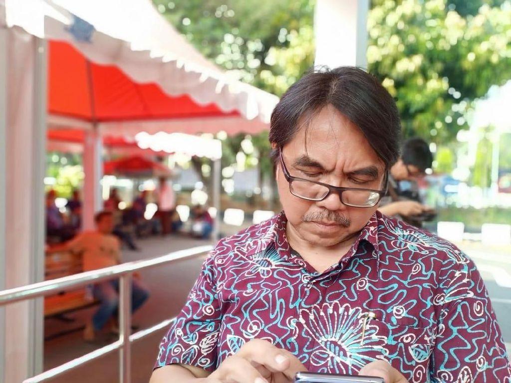 Muncul Seruan Jokowi End Game, Ade Armando: Ditunggangi Politikus Busuk