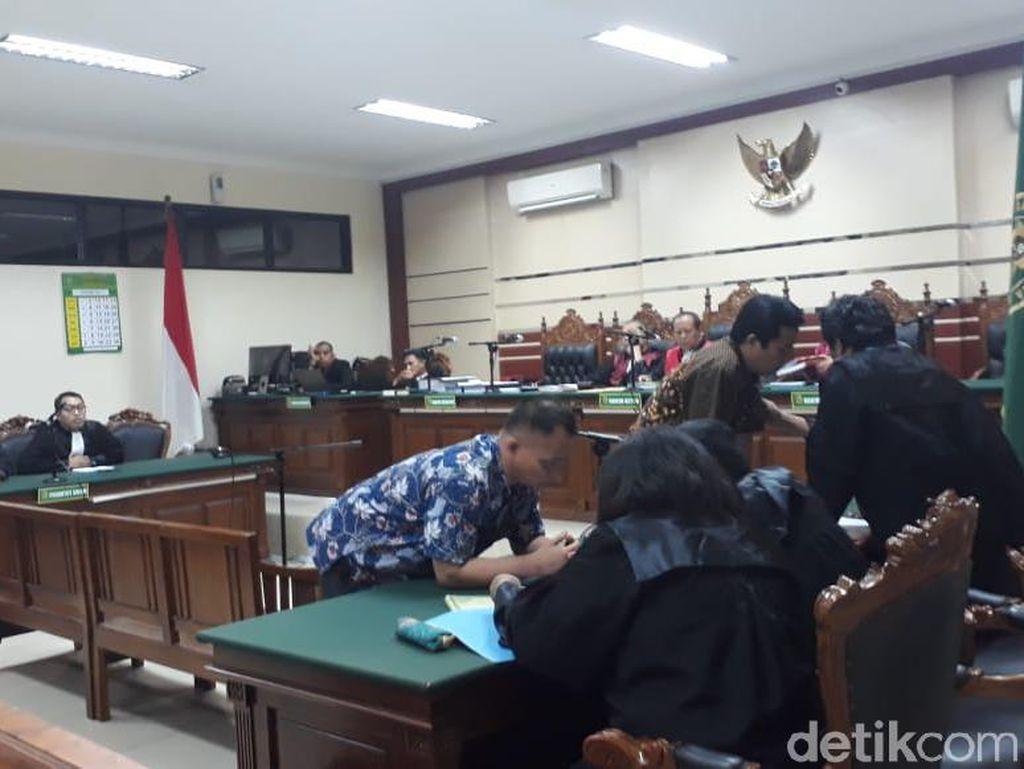 Korupsi Rp 1 M, Mantan Dirut PDAM Mojokerto Divonis 6 Tahun Penjara