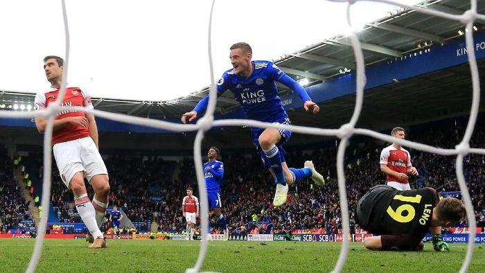 Striker Leicester City Jamie Vardy rajin mencetak gol ke gawang Arsenal (Foto: Marc Atkins/Getty Images)