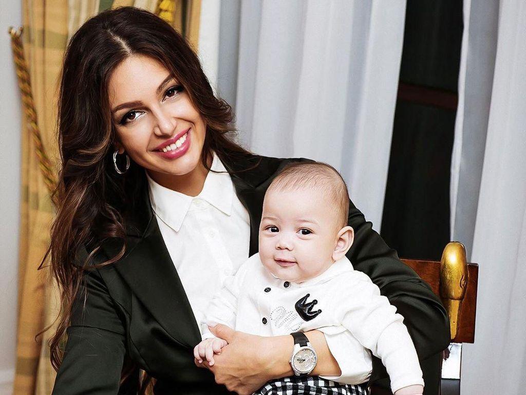 Potret Bayi Lucu Anak Miss Moscow yang Tak Diakui Sultan Malaysia